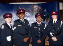 پلیس تورنتو اولین نشانههای عقبنشینی را نشان داد