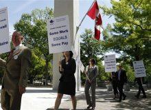 پیچیدهتر شدن وضعیت دفاتر صدور ویزای کانادا
