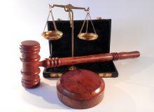 سابقه شکایت موفق از وزیر مهاجرت کبک به دلیل اعمال مقررات جدید در پرونده ثبت شده قبل از تغییرات
