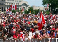 21,9% جعمیت کانادا را مهاجران تشکیل می دهند