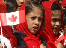 کاهش هزینه های دریافت شهروندی کانادا برای افراد زیر 18 سال
