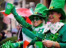 مونترال به مناسبت روز سنت پاتریک سبز پوش شد