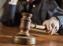 شکایت رسمی انجمن وکلای کبک به دادگاه عالی به دلیل تصمیم غیرمنصفانه حذف 18000 پرونده نیروی متخصص