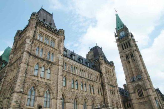 گفتههای تازه وزیر مهاجرت درباره وضعیت سیستم مهاجرت کانادا