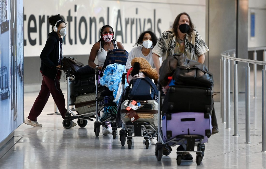 واکسینه شدگان از امروز مجاز به ورود به کانادا هستند
